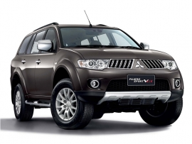 Mitsubishi-Pajero-Sport-by-ACR-Rent-Car-626