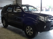 Toyota-Fortuner-by-Crown-Rent-A-Car-12